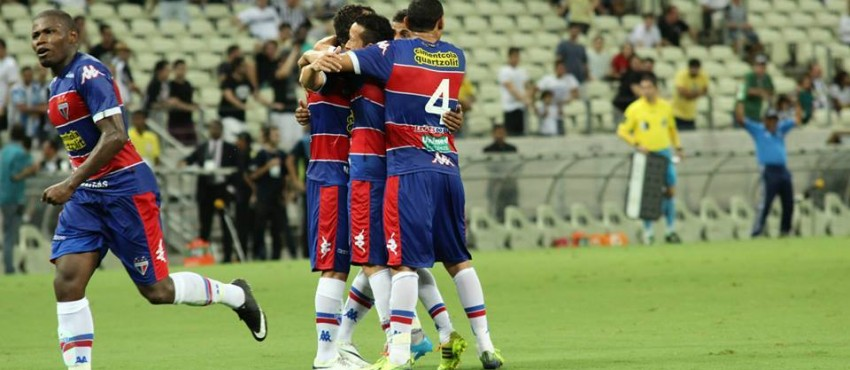 No 1º duelo na final do Campeonato Cearense 2015, Fortaleza vence o Ceará por 2 a 1