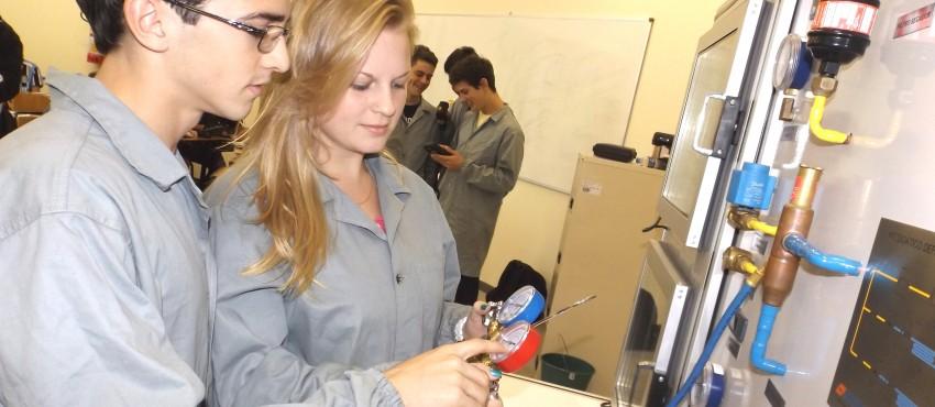 Centec oferece mais de 500 vagas para cursos técnicos e tecnológicos