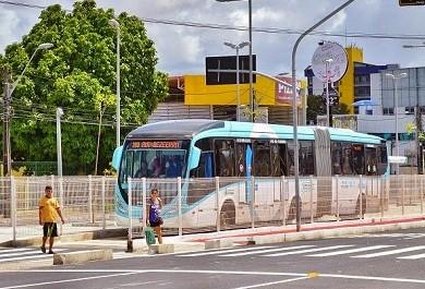 Idosa morre após ser atropelada no corredor de ônibus da Avenida Bezerra de Menezes
