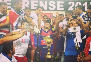 Em jogo histórico, Fortaleza empata nos acréscimos e é campeão cearense