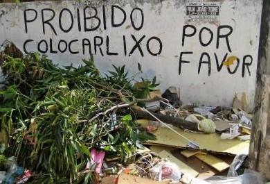 Nova lei do lixo não inibe população de Fortaleza