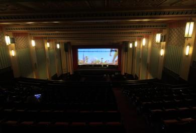 Cine-teatro São Luiz retoma atividades com programação variada