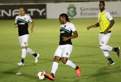 Com desfalques, Ceará encara o CRB pela Série B do Brasileiro