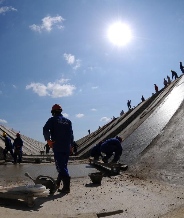 Políticas públicas e projetos de lei tentam evitar colapso de água em Fortaleza