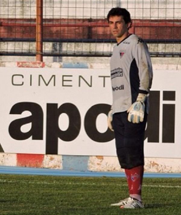 Após imbróglio, Fortaleza anuncia a contratação do goleiro Ricardo Berna