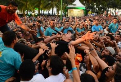 Fãs nostálgicos fazem campanha virtual pela volta do Ceará Music