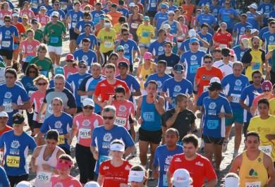 Circuito de corridas da Caixa bate recorde em Fortaleza com sua 100ª edição