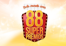 """Jangadeiro FM premia ouvinte com caminhão de """"Super Prêmios"""""""