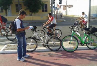 Iniciativa de grupo voluntário estuda o perfil do ciclista de Fortaleza