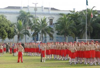 Conheça o método de ensino dos colégios militares de Fortaleza