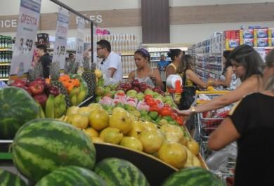 Preços de produtos em supermercados têm variação de até 305%