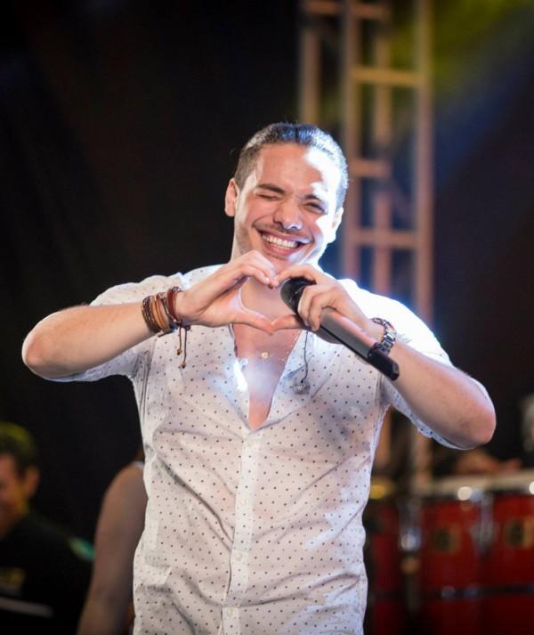 Fãs fazem festa de aniversário virtual para Wesley Safadão; cantor agradece