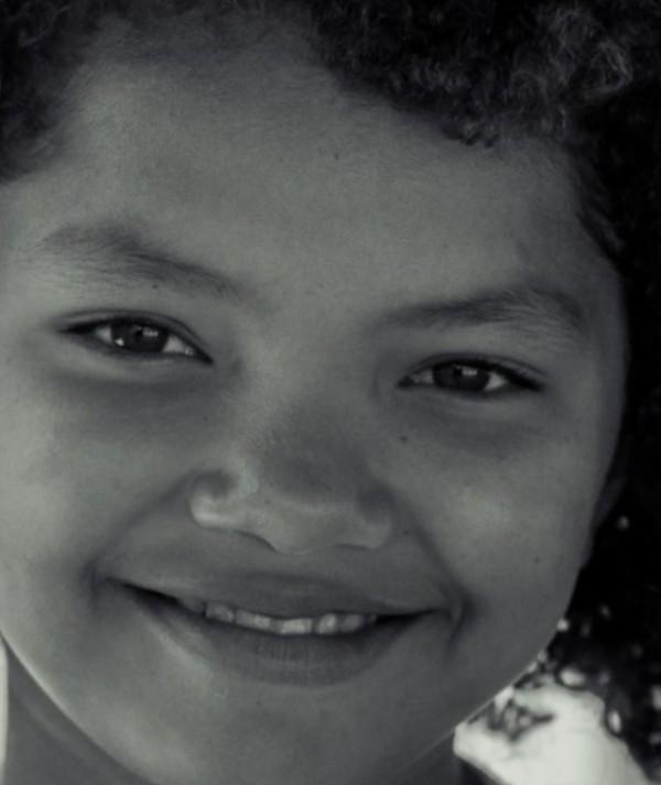 Série de fotos retrata a perda de feições indígenas nas crianças Tapebas