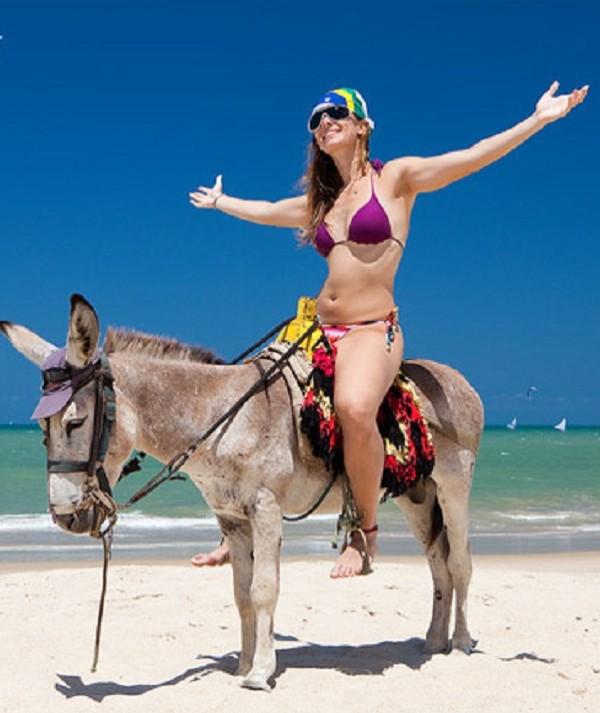 Saiba tudo que tem de bom para fazer na praia do Cumbuco